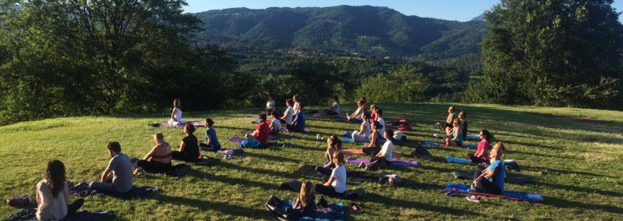 yoga al tramonto montevecchia